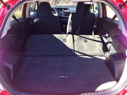 Toyota Yaris trunk-space